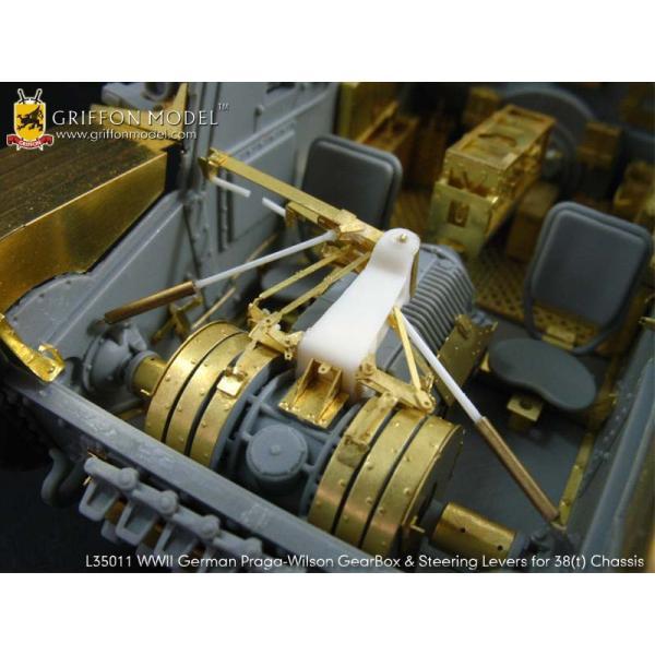 グリフォンモデル L35011 1/35 38(t)シャーシベース プラガ-ウィルソンギアボックス&ステアリングレバーセット|itempost