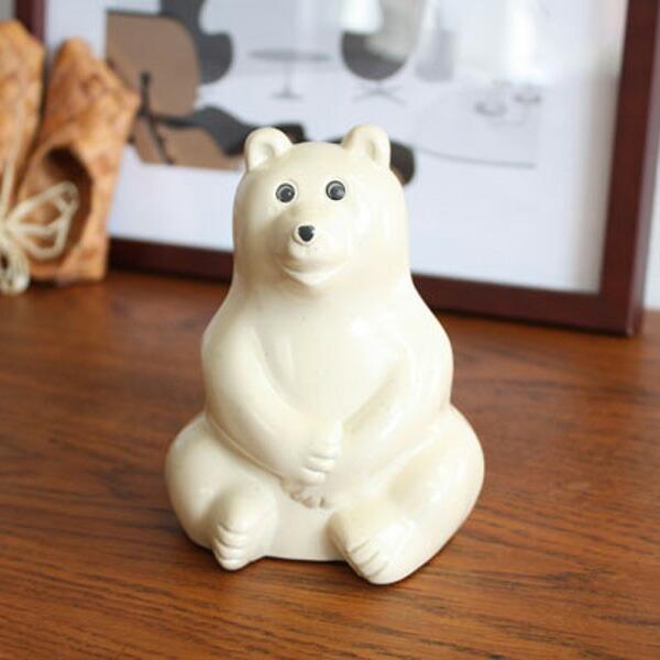 マフラー付き フィンランド の シロクマ 貯金箱  人気 Polar Bear Money box 北欧 白くま 冬 限定 フィンランド 国交樹立 100周年