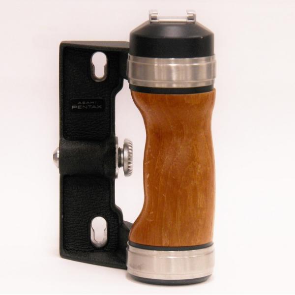 【中古】 PENTAX 6X7/67用 木製グリップ