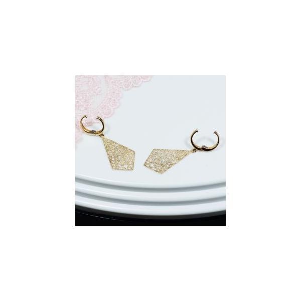 見た目もすっきり、ピアス感覚のイヤリング 18金デザインピアリング