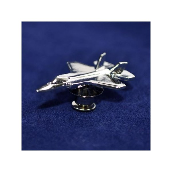 航空自衛隊 F-35戦闘機 3Dピンバッジ銀バージョン