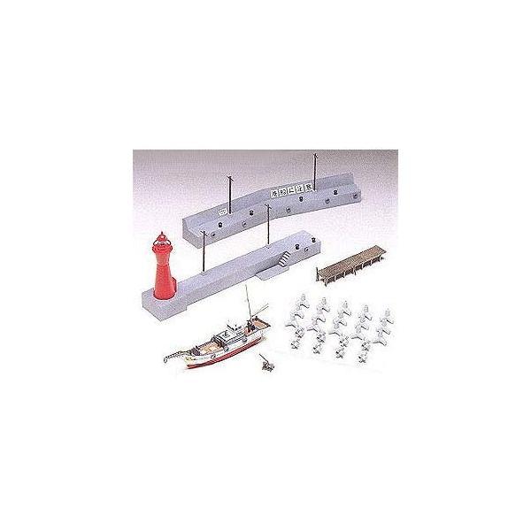 グリーンマックス (再生産)(N) 2197 燈台・防波堤・漁船 (未塗装組立キット) 返品種別B|joshin