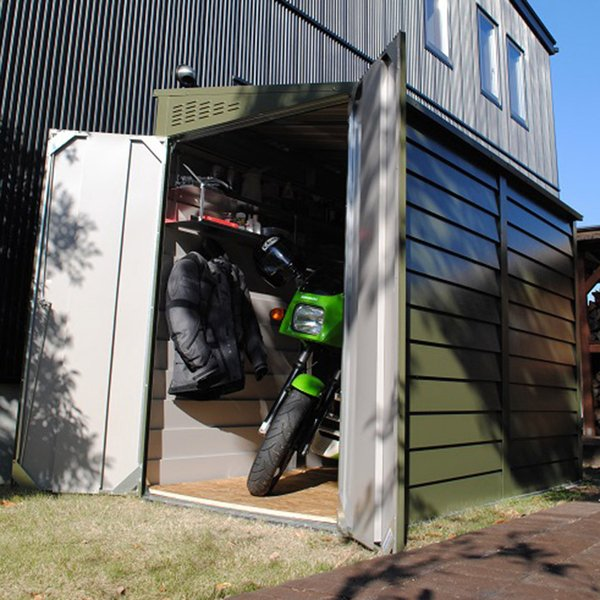 物置 バイク バイク倉庫 バイクガレージ 屋外おしゃれな物置  自転車収納 英国(イギリス)製「メタルシェッド TM2 ペントルーフ」