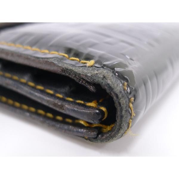 【中古】FENDI 二つ折り長財布 FF柄 パテント レザー ブラックフェンディ 黒