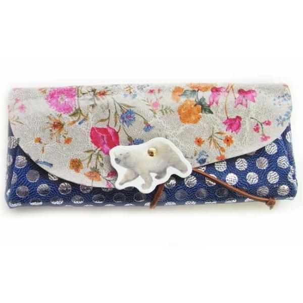 送料無料 レザーロングウォレットシロクマ ネイビードット×花柄 [動物雑貨][carmine]日本製・財布