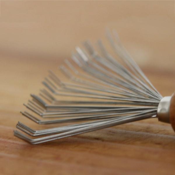REDECKER ブラシの毛取り  レデッカー ブラシ ドイツ 掃除用具 ブラシクリーナー 髪の毛 ペットの毛 ホコリ ギフト ナチュラル 木製 インテリア おしゃれ|kajitano|02