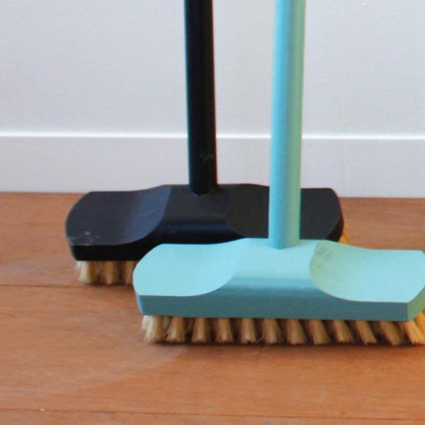 REDECKER デッキブラシ  レデッカー ほうき おしゃれ 玄関 バルコニー 大掃除 ブルー ブラック