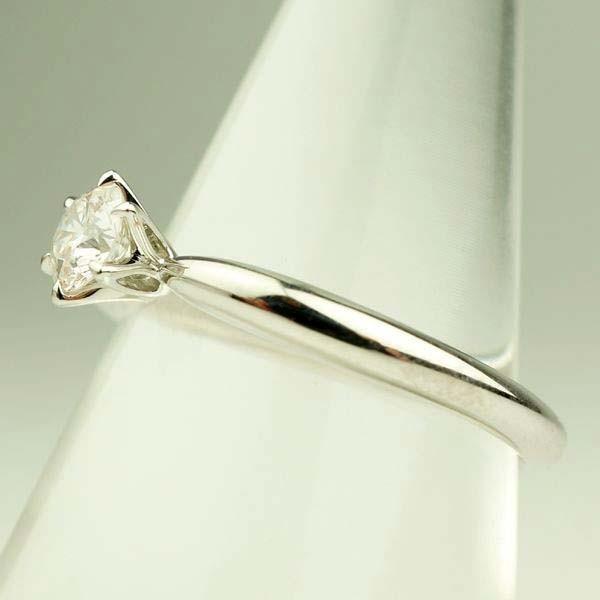 ニナリッチ Pt900プラチナ ダイヤモンド エンゲージリング 日本製