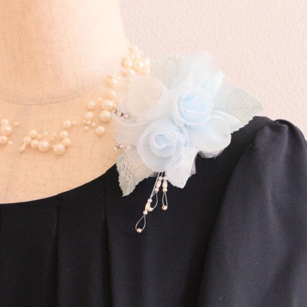 コサージュ 結婚式 卒園式 卒業式 入園式 入学式 フォーマル ブルー 水色 ホワイト 白 1点もの 1点物 一点もの 一点物 プレゼント ギフト 母の日 高級