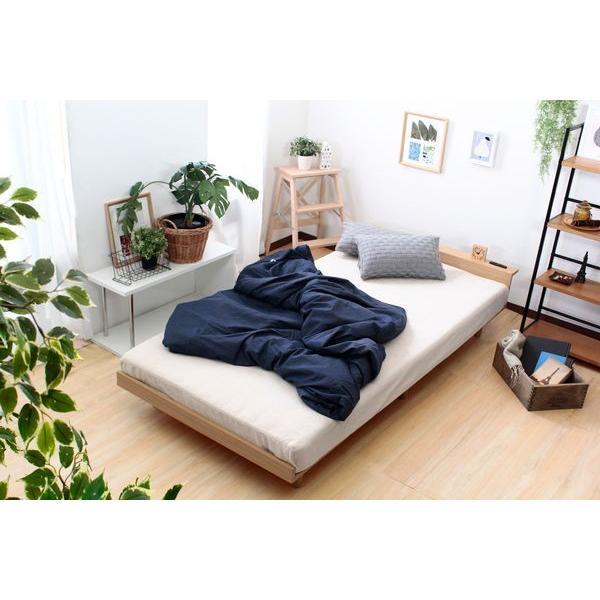 ベッドフレーム セミダブル ローベッド 北欧テイスト 木製 宮棚 2口コンセント付き|kanaemina|11