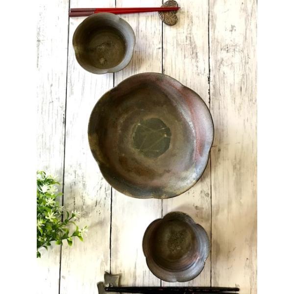 開花鉢(大)/津軽金山焼 金山焼 サラダボウル ボウル 手作り 国産 中鉢 鉢 おうちごはん 盛鉢 プレゼント 陶器 器 うつわ 食器