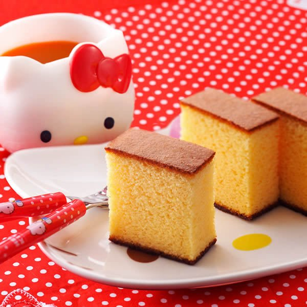 (プレゼント お菓子 スイーツ ギフト プチギフト 女の子 男の子 かわいい) ハローキティ 幸せの黄色いカステラ 0.6号 トートバッグ付 TC12|kasutera1ban|06