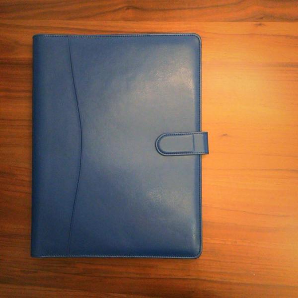 kawauso 合皮レザー大きめサイズ A4 ルーズリーフ 手帳型 4穴 ビジネス ペン挿し 収納(紫・青・黒・茶色) kawauso 04