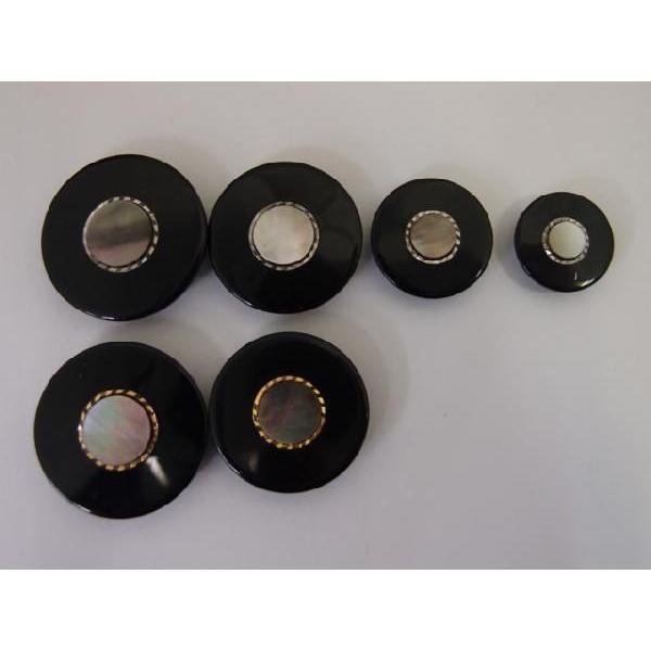 高級ボタン 18113 25mm