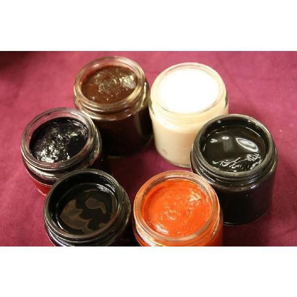 靴をいたわり長持ちに 天然のビーズワックスを配合、イングリッシュギルドの靴クリーム  ENGLISH GUILD  ビーズリッチクリーム 120ml(Bees Rich Cream)