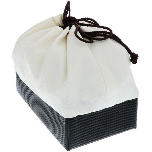 刺繍 巾着「白色 桜刺繍」 袴巾着 卒業式、修了式の袴に 刺繍巾着