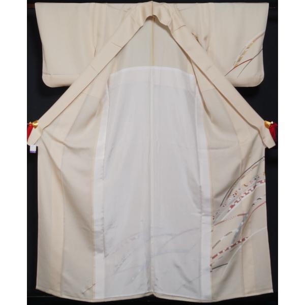 単衣 着物 訪問着 芝草に宝尽くし・春秋模様 若根笹紋 肌色 金駒刺繍 フォーマル 付下げ 6月 9月 着物 送料無料 中古 リサイクル 訪問着 着物 正絹 結婚式 kimonotenyou 02