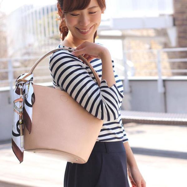 人気 トート 通販 おしゃれ かわいい 合皮 フェイクレザー 革 かばん 通勤バッグ 黒 ロルム
