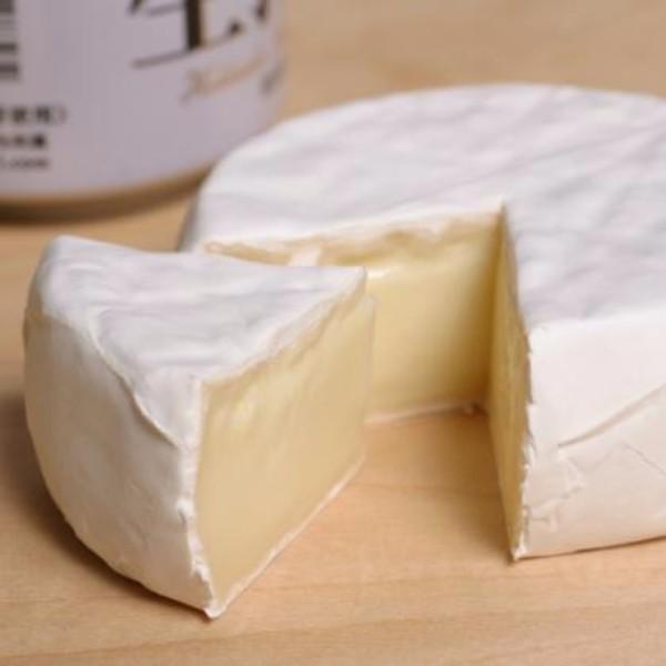 ニセコチーズ工房 二世古カマンベールチーズ