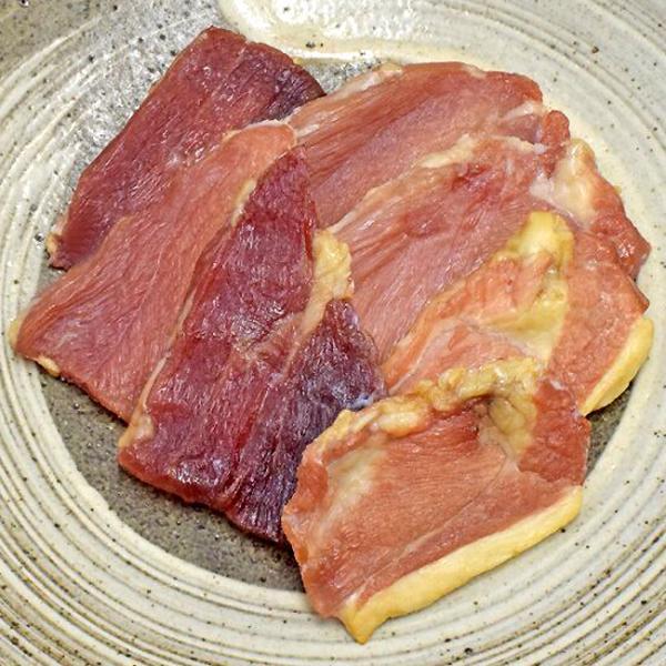 ハロウィン ギフト おつまみ 美味しい 鹿児島黒豚 ジャーキー 80g 手作り 燻製 加工肉 六白黒豚