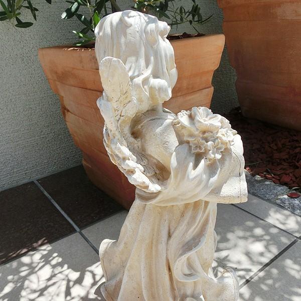置物 ガーデンオーナメント ポリ製オーナメント 花束を抱えた天使 1個 エクステリア 幅22・奥行20・高さ38 国華園|kokkaen|06