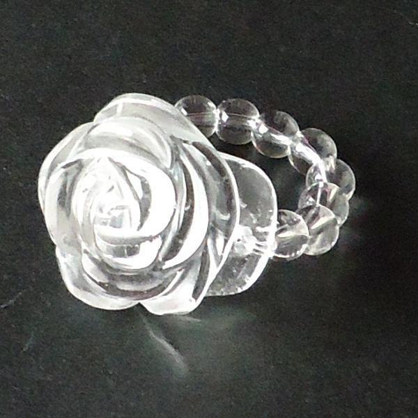 水晶バラ彫り指輪