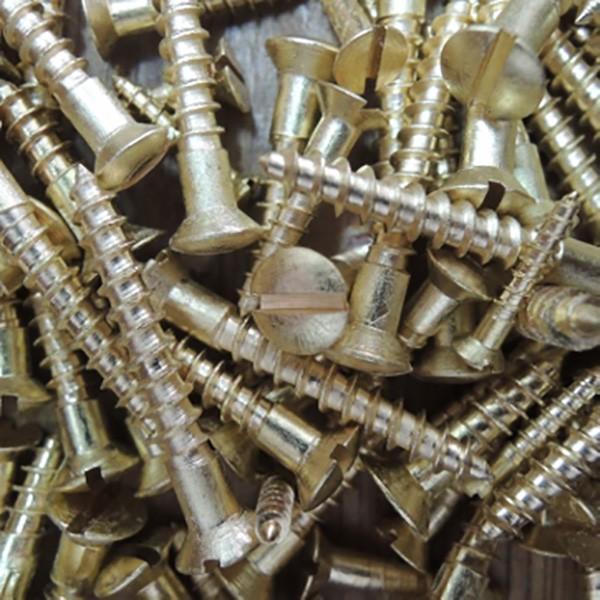 こだわり真鍮マイナス木ネジ 2×12mm(ラウンド) 10本|kqlfttools