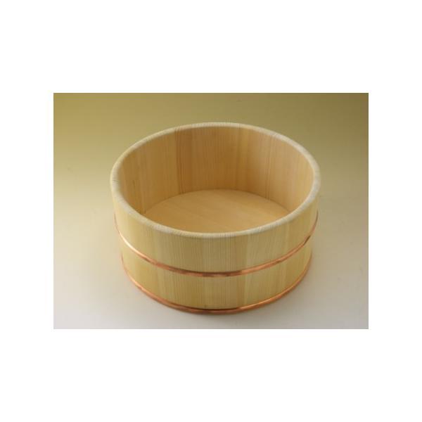 (入荷待ち)日本製 昔ながらの木製湯桶 丸 (国産さわら/銅タガ)     【椹 サワラ 天然木 湯おけ ゆおけ 風呂桶】