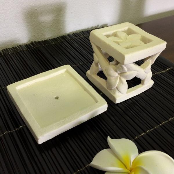 キャンドルホルダー キャンドルスタンド 角 花 樹脂セメント アジアンランタン ろうそく立て