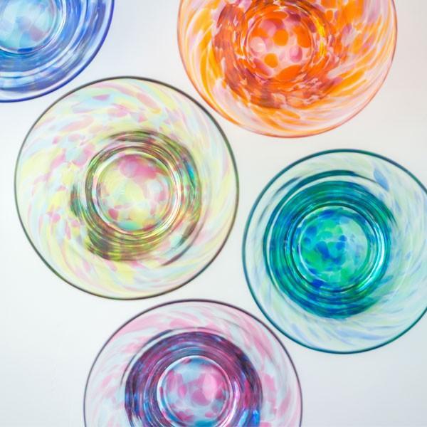 花のぐいのみ ブルーグリーン キッチン 食卓 グラス ぐいのみ 酒器 記念品 お祝い プレゼント ガラス 黒壁|kurokabe|04
