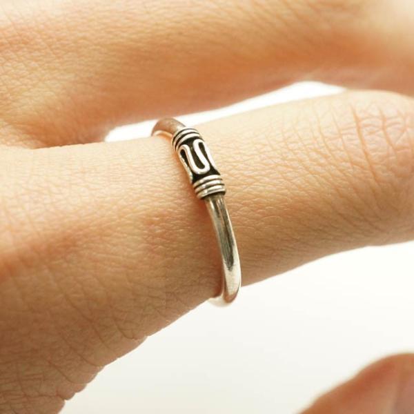 シルバー925 メンズ レディース リング シンプル エスニック風なデザインが印象的な指輪