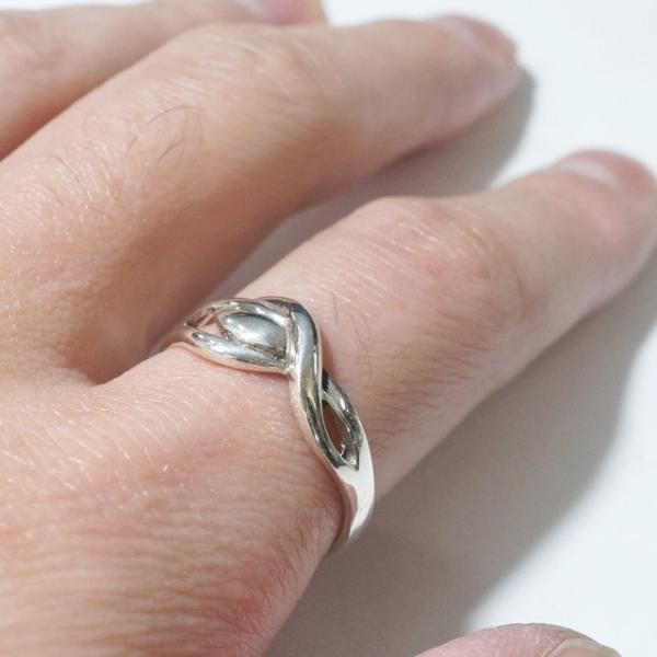シルバー925 メンズ レディース リング 波長 ぐにゃぐにゃ クールなデザインの指輪