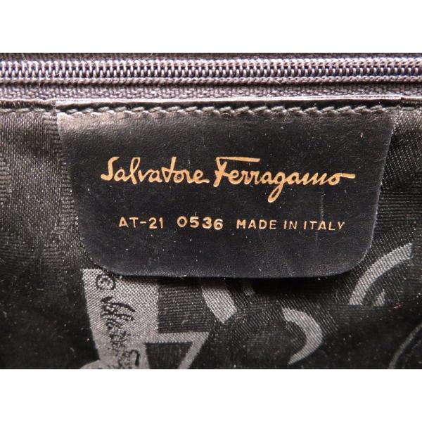 サルヴァトーレフェラガモ ガンチーニ AT-21 0536 ショルダーバッグ レザー ブラック レディース 0155  中古  Salvatore Ferragamo