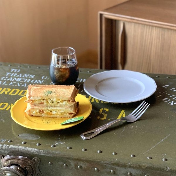 アウトレット 2color リム花プレート 19cm ケーキ皿 スイーツ皿 パン皿 取皿 プレート 洋食器 おしゃれ カフェ食器 日本製 美濃焼 おうちごはん|long-greenlabel|03