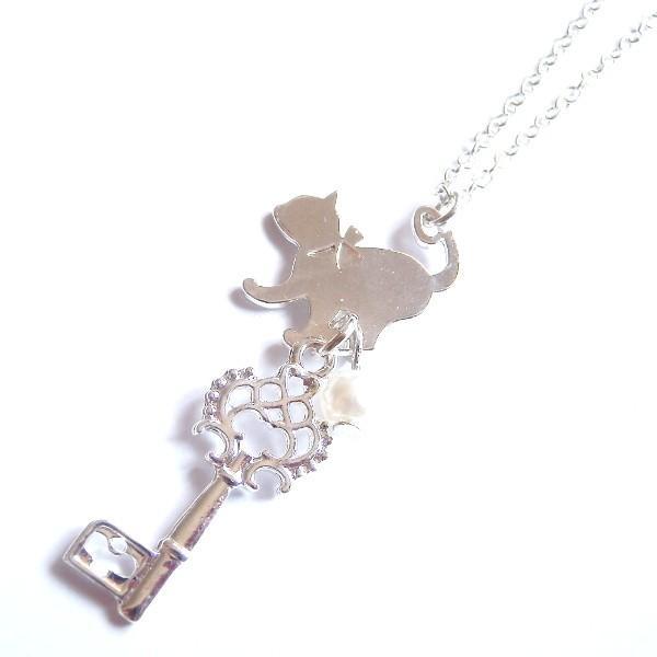 猫 パール キー ネックレス 白銀の鍵とねこ。 メール便送料無料 lovexclp 02