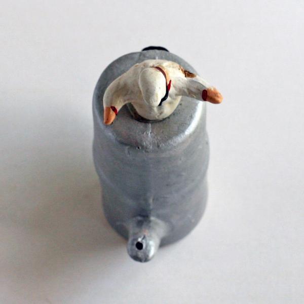 ナポリの幸運のお守り!カッフェッティエーらから飛び出すプルチネッラ lucania-arti 06