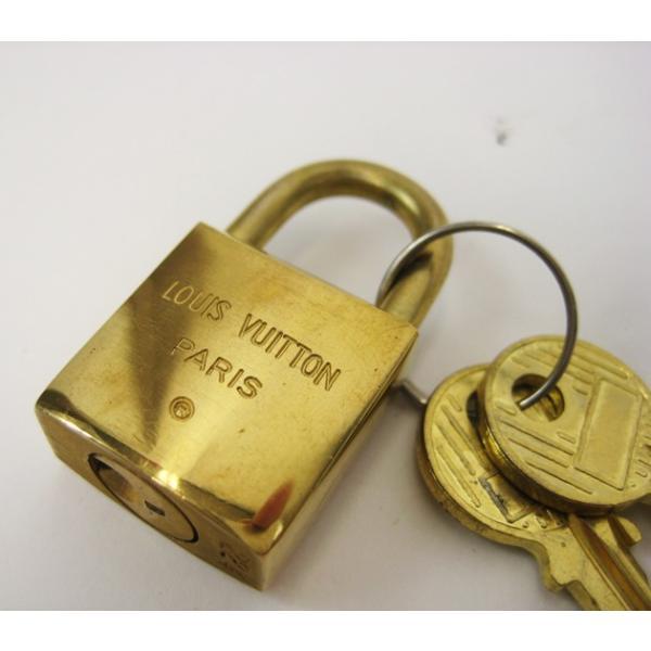 ルイヴィトン LOUISVUITTON バッグ 鍵 カデナ 南京錠 パドロック スペアキー付き ペンダント|lucio|05