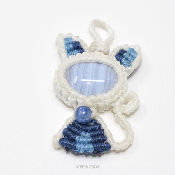マクラメ マクラメ編み ブルーレースアゲート カイヤナイト マクラメねこ ストラップ付き ねこネコ 猫 にゃんこ 天然石 パワーストーン メール便可