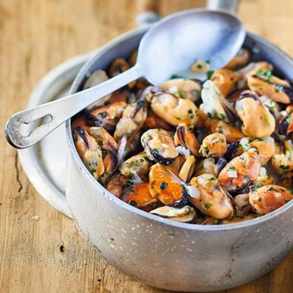 ムール貝の漁師風 白ワインクリーム蒸し 1箱 400g お惣菜 冷凍 ピカール