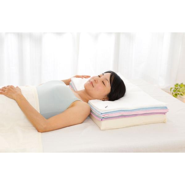 今治バスタオルピロー バスタオル5枚+専用ピローベース 今治産のバスタオルを使用したタオル好きのための枕 makura 04