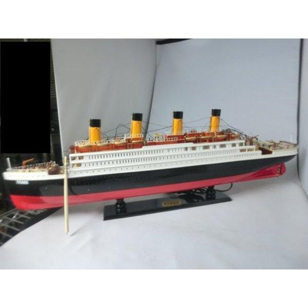 手作り木製模型 船舶 タイタニック 中 80cm SHI-013