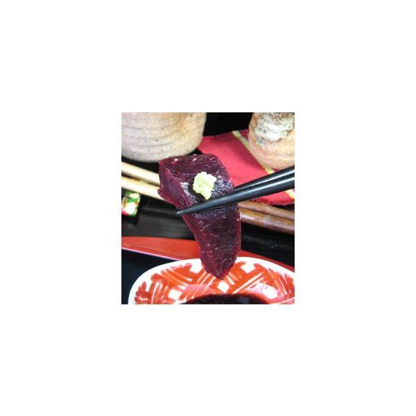 特選ヒゲ鯨の上質赤身をお刺身で☆熟成させてあるから旨い!特選とろけるヒゲくじら刺身用約100〜125g (鯨肉特有のバレニン)