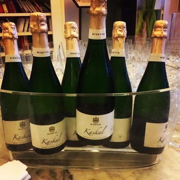 リベット カスカルエクストラブリュット イタリア ピエモンテ スパークリングワイン 750ml marwell 03