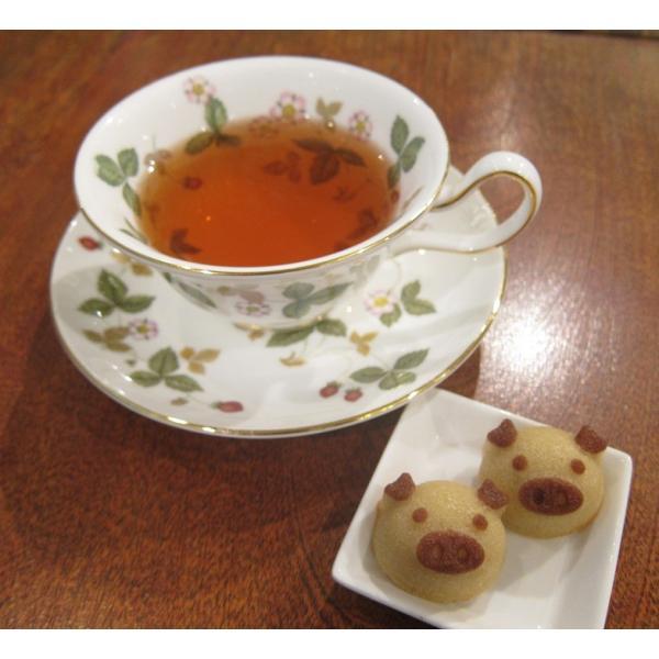 【幸せの白ぶたさん】(4個入り)要冷蔵、上質でリッチなフィナンシェのかわいいお菓子、豚は縁起が良いのでプレゼントにも最適|mayfair-net|04
