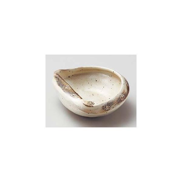 和食器 ネ052-257 粉引貝型小鉢