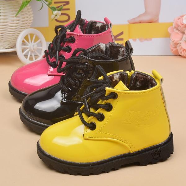 靴 シューズ ショートブーツ ブーティー ブーティ ベビー キッズ 子供 女の子 女児 男の子 男児 ジップ 裏起毛 裏ボア 暖か 防寒 可愛い おし