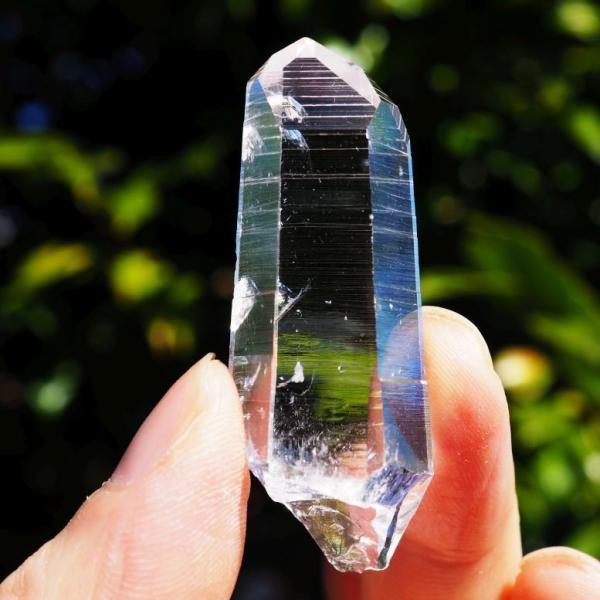 コロンビア産水晶 最高の透明感 コロンビアンレムリアン 氷のようです 24.9g