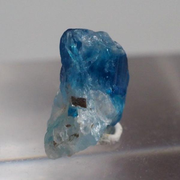 ユークレース ジンバブエ産 濃いブルー 宝石質 クリックポスト可