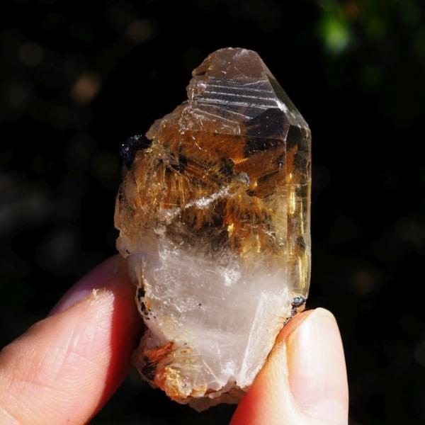 高品質 ゴールド ルチルクォーツ ポイント ルチル入り水晶 原石