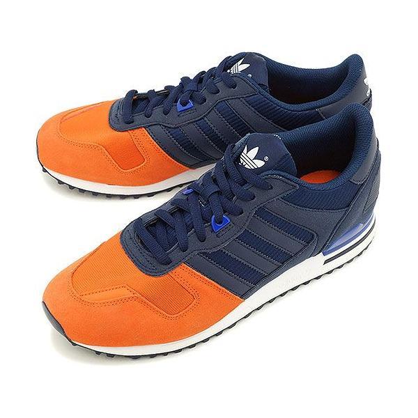 adidas スニーカー オレンジ